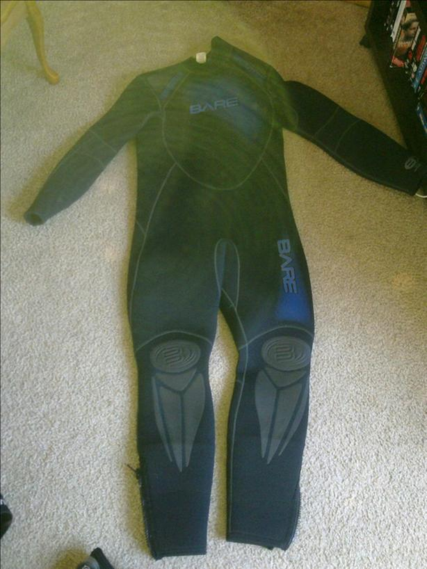 7mm Bare Wetsuit (Men's ML)