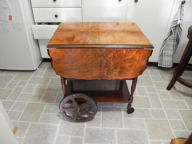 lovely vintage tea trolley