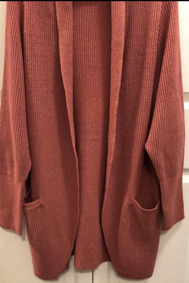 Beautiful new cocoon coral colour L new cardigan