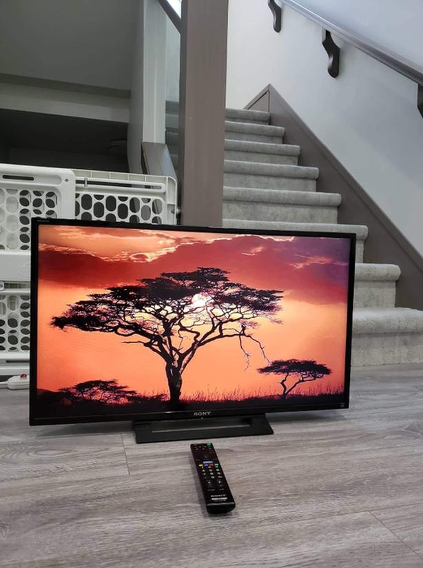 "32"" SONY BRAVIA LED TV 
