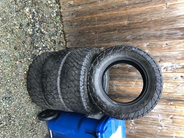 toyo tires 275/65/r18