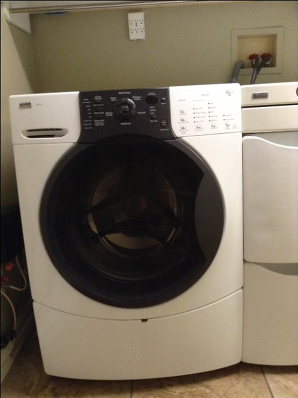 Kenmore Elite Washer and Dryer with Laundry tower