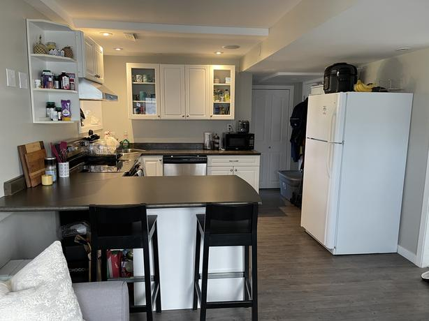 1BDRM AVAIL in SUITE - GORDON HEAD