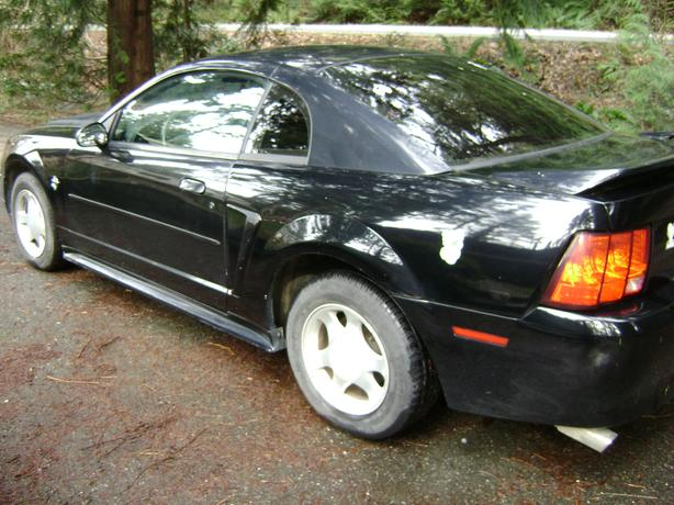 1999 Mustang 6 cyl. Auto