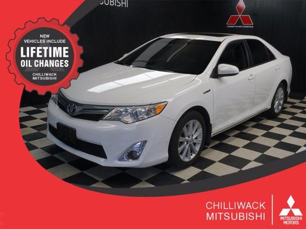 Pre-Owned 2014 Toyota Camry Hybrid XLE FWD 4dr Car