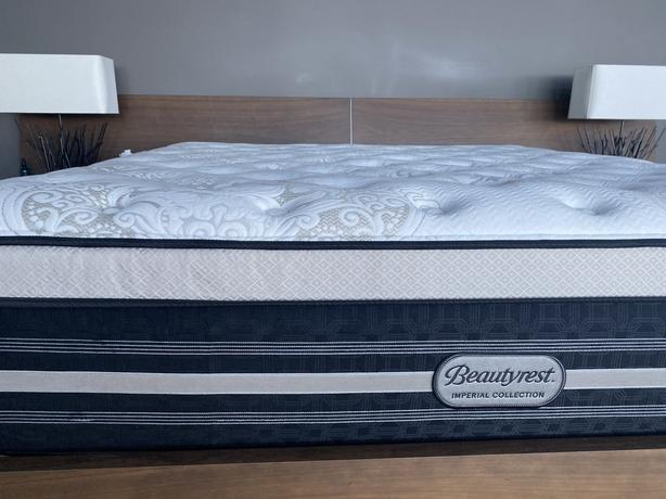 REDUCED Simmons Beautyrest – King Size Mattress