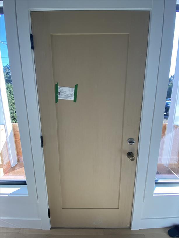 New Door- Stainable/paintable fir grain fiberglass