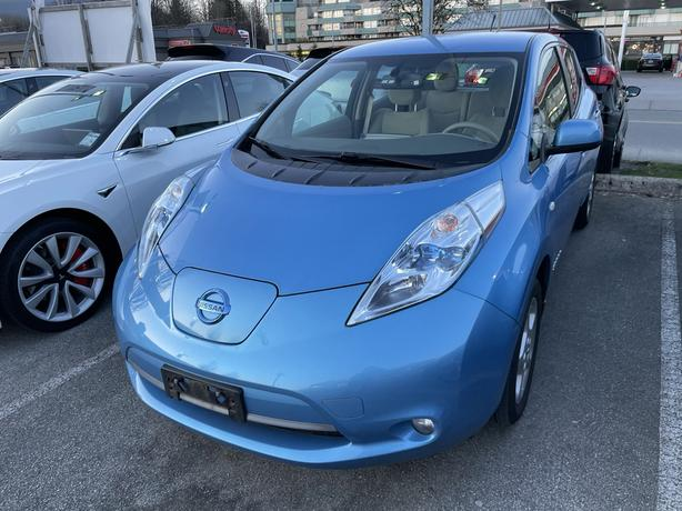 2012 Nissan LEAF Just traded in! FWD