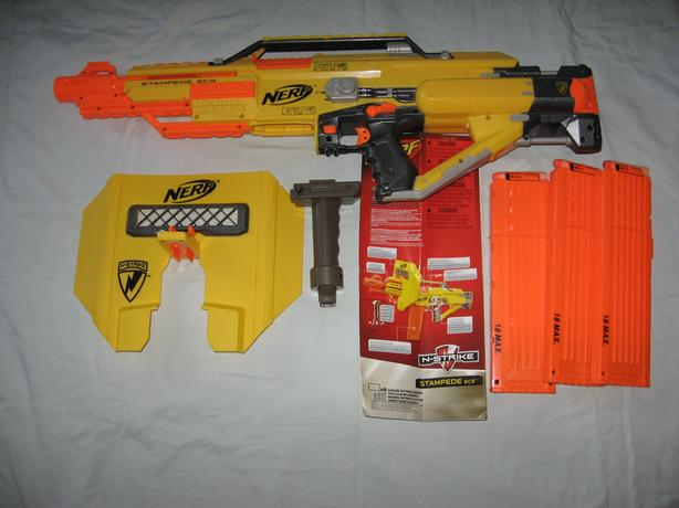 Used Nerf Stampede ECS Blaster with Extra Clips