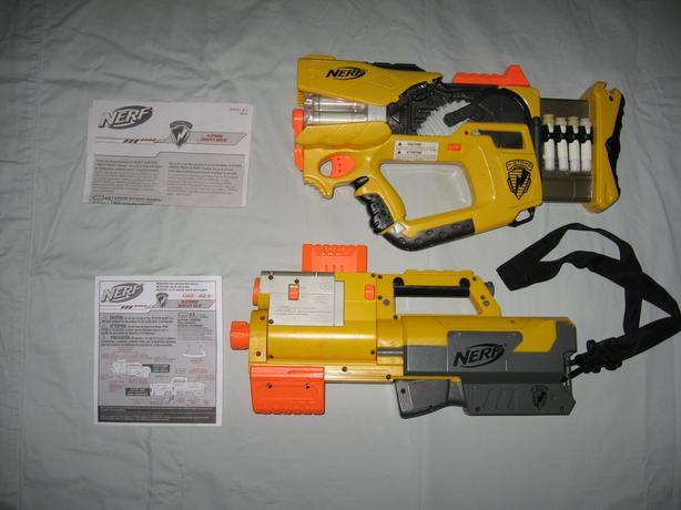 Used Nerf Firefly REV-8 Blaster CS-6 Blaster