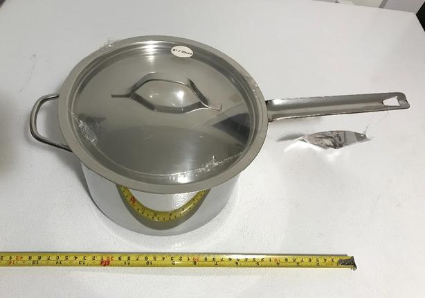 New Paderno SS 4 L Saucepan with helper handle and lid $30