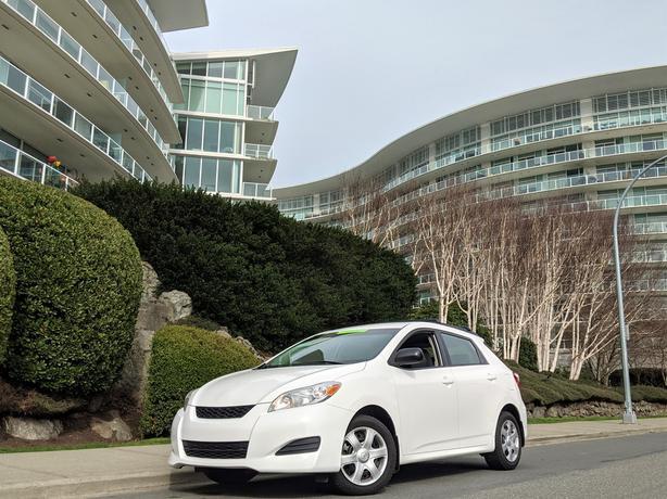 2010 Toyota Matrix (165 KMS, Automatic, Gas Saver!)