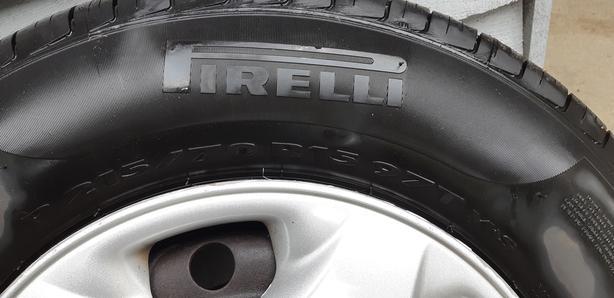 Pirelli 215/70 R15