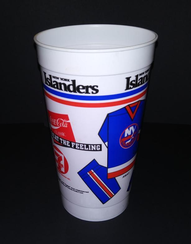 NEW YORK ISLANDERS 1980's SOUVENIR HOCKEY PLASTIC CUP 7/11