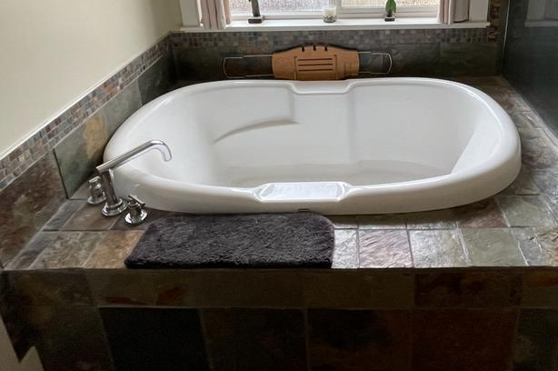 Two Person Soaker Tub