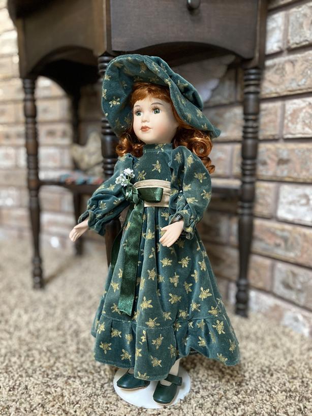 Porcelain Collector Dolls (3)