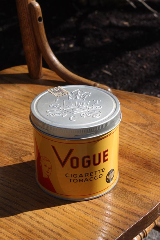 Vogue Tobacco Tin