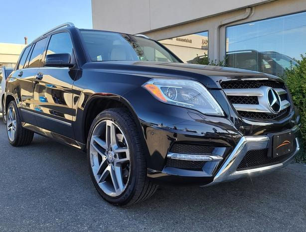 2013 Mercedes-Benz GLK250 Bluetec 4Matic - WITH ONLY 76,000 KMS!!!