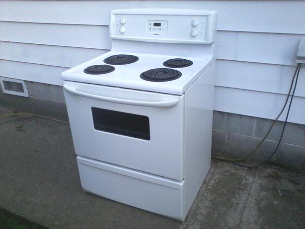 Working Kenmore Stove