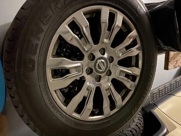 """Nissan Titan Xd Platinum 20"""" rims"""