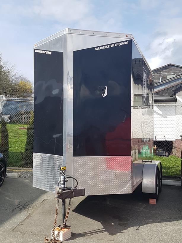 2016 Precision Elcosed trailer