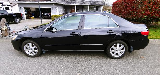 2005 Honda Accord, only 34,000 kms, 1 owner, excellent condition