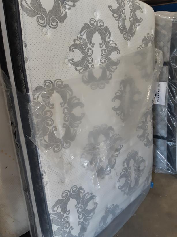 Serta Queen Pillowtop Mattress