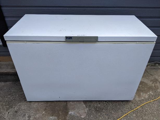 Eaton Viking chest freezer