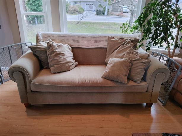 Big comfy couch $50 obo