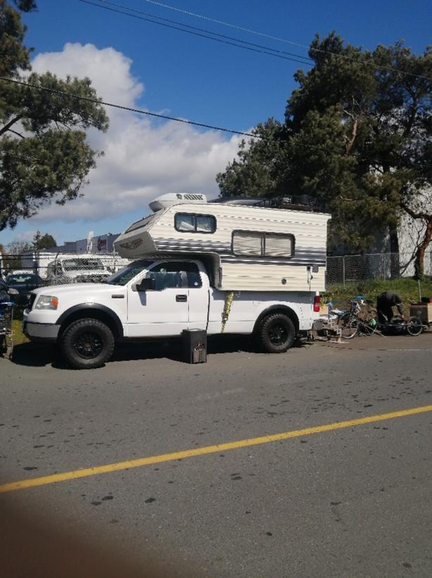 Ford F150 4x4 with camper