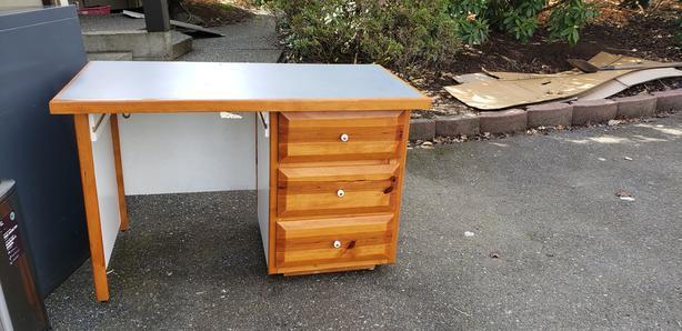 2 Desks $50  each