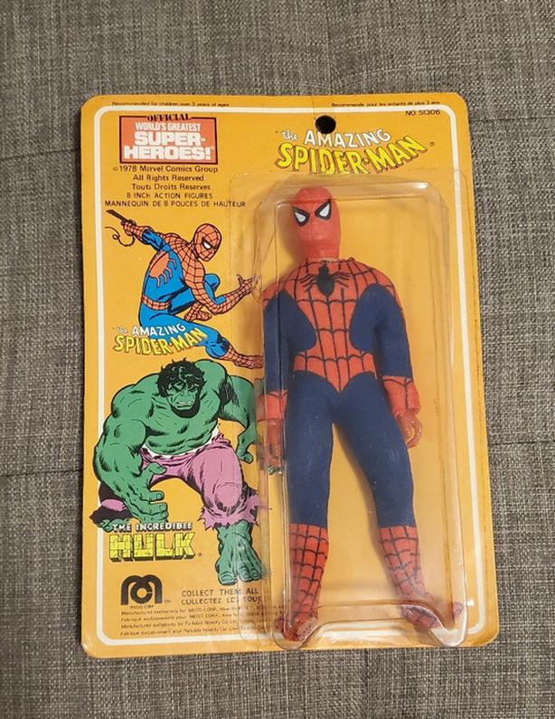 """1978 Mego 8"""" Spider-man action figure (Parkdale Novelty Card)"""