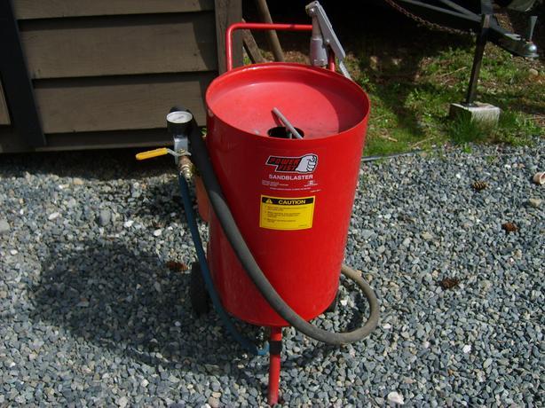 5 Gallon Pressure Sandblaster