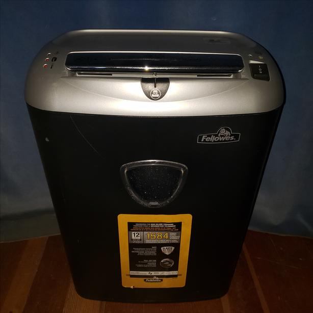 Fellowes Paper Shredder 12 sheets