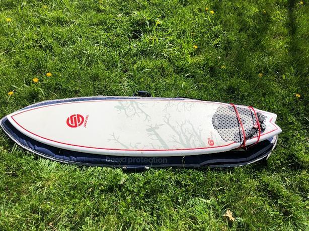 "6'4"" Santa Cruz epoxy surfboard"