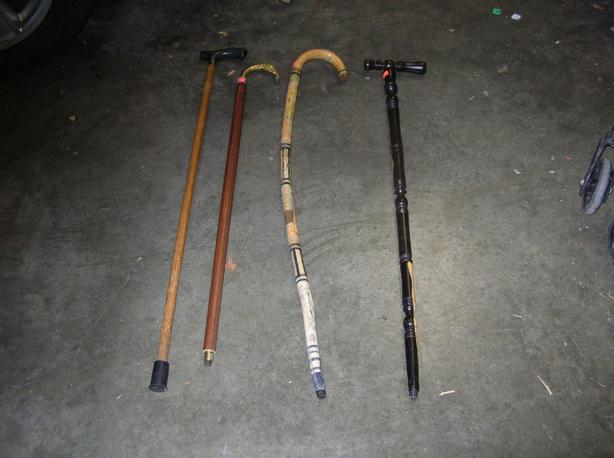 TEXT MESSAGES WILL NOT BE ANSWERED OR SENT. Fashionable Canes.  (256 0904)
