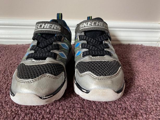 Sketchers Runners Light Up - Size 8 - $15