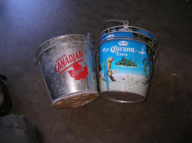 6 Liter Galvanize Pails good for small Planters or Ice Bucket. (274 0904)