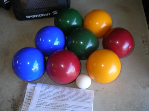Sportcraft Bocce Ball Set Red Yellow Green Blue with Carry Case.  (285 0904)