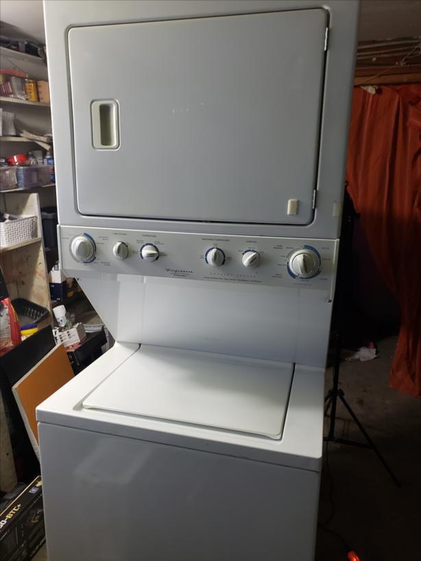 Frigidaire stacker washer dryer