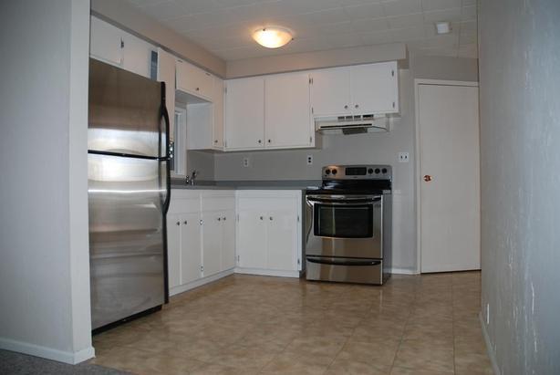 2 bedroom by Cedar Hill Rec Centre