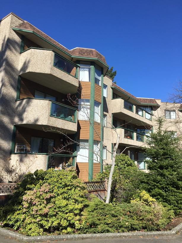 Woodgrove Pines - 1 Bedroom - Available May 1, 2021