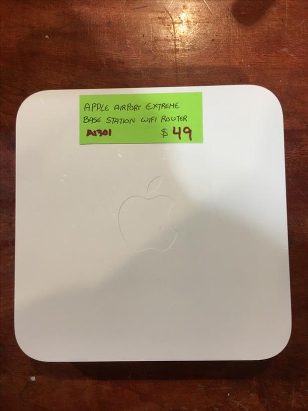 Apple Airport Extreme Base Station WIFI Router A1301