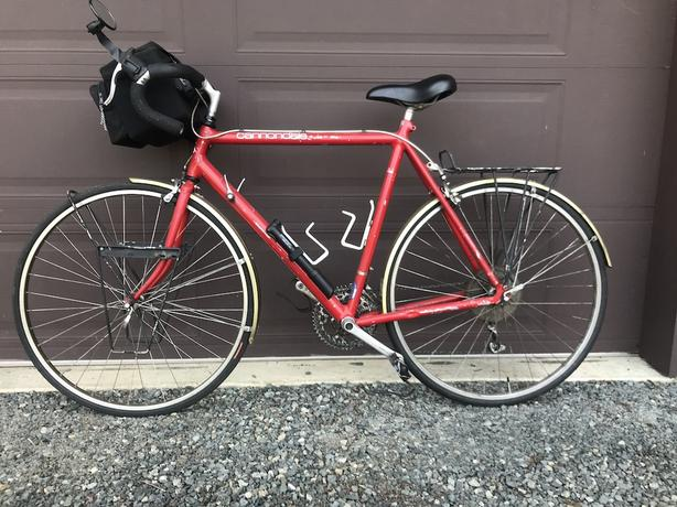 """Classic Cannondale 24"""" Touring Bike: Travel Wherever You Wish!"""
