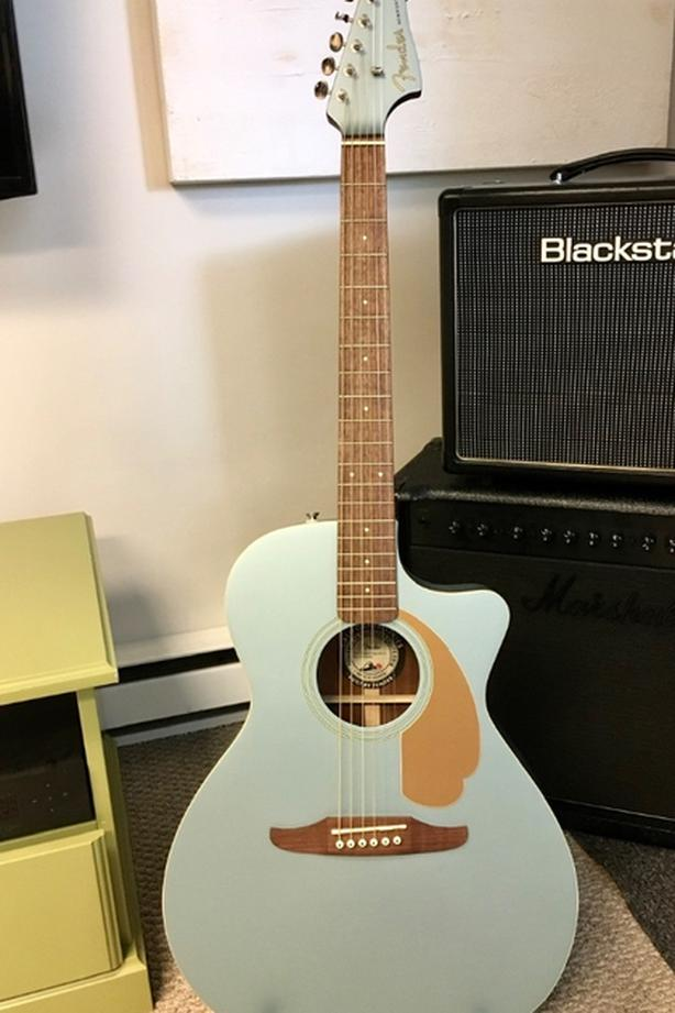 Fender Newport Ice Blue California Series electric acoustic