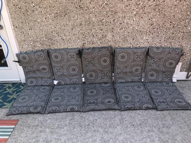 5 pc Outdoor Patio Chair Boho Sling Over Back Cushions As New