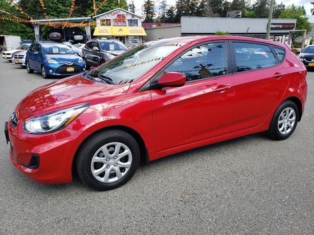 2012 Hyundai Accent GL Hatchback
