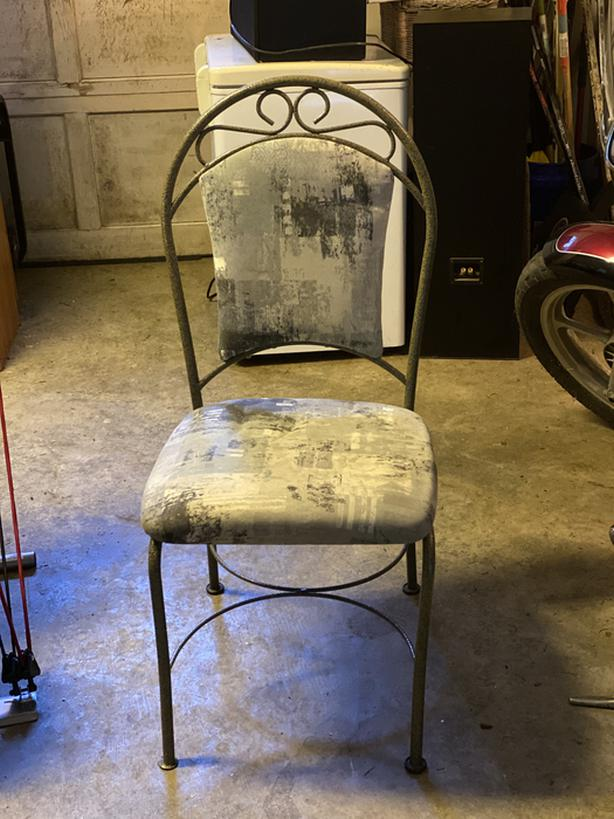 4 chairs - pick up only East Sooke