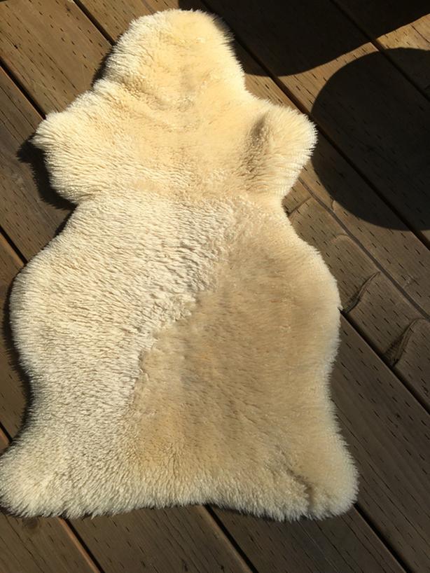 IKEA SHEEP SKIN RUG-OFF WHITE COLOR-SPOTLESS