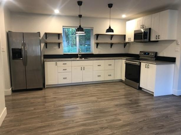 Bright One Bedroom Suite in North Saanich